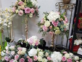 Gėlės, puokštės ir dekoras