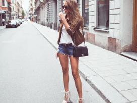 Plėšyti džinsiniai šortai