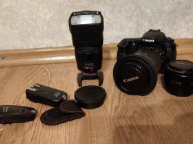 Canon EOS 60d su priedais