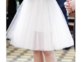 ! netradicinė trumpa suknelė ieško nuotakos