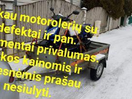 Motoroleriu supirkimas