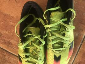 Adidas futbolo bateliai laukui, 36,5 dydis