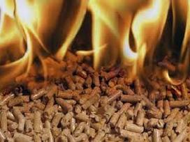 Prekiaujame pjuvenų granulėmis briketais