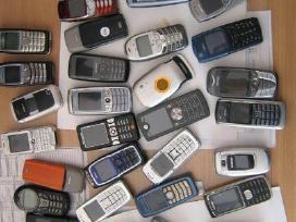 Urmu pigiai parduodu mobilius telefonus