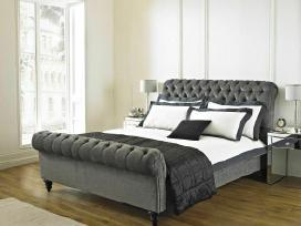 Naujos klasikinės prabangios lovos