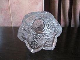 Kristaline vaza is XX amziaus.zr. foto.