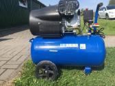 Oro kompresorius dviejų cilindrų iš 8 bar 250l/min