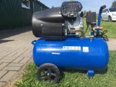 Oro kompresorius dviejų cilindrų iš 8 bar 250l/min - nuotraukos Nr. 2