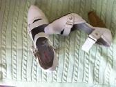 Balti 37 dydzio bateliai